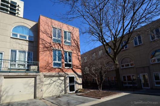 Dearborn Park Townhome